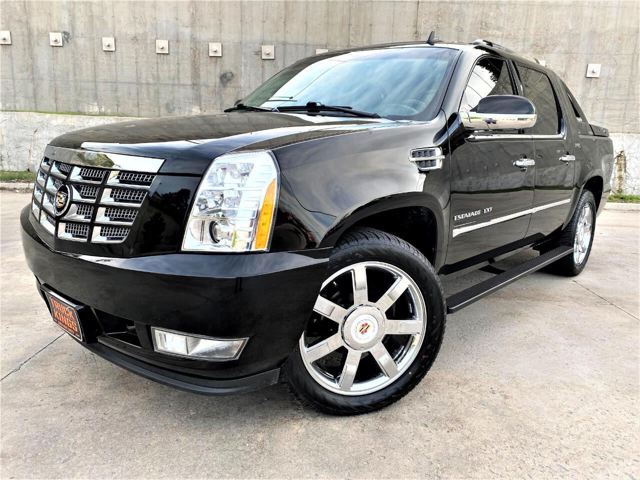 Cadillac Escalade EXT AWD 4dr Premium 2012