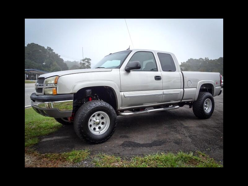 """2003 GMC 1500 Pickups Club Coupe 141.5"""" 4WD"""