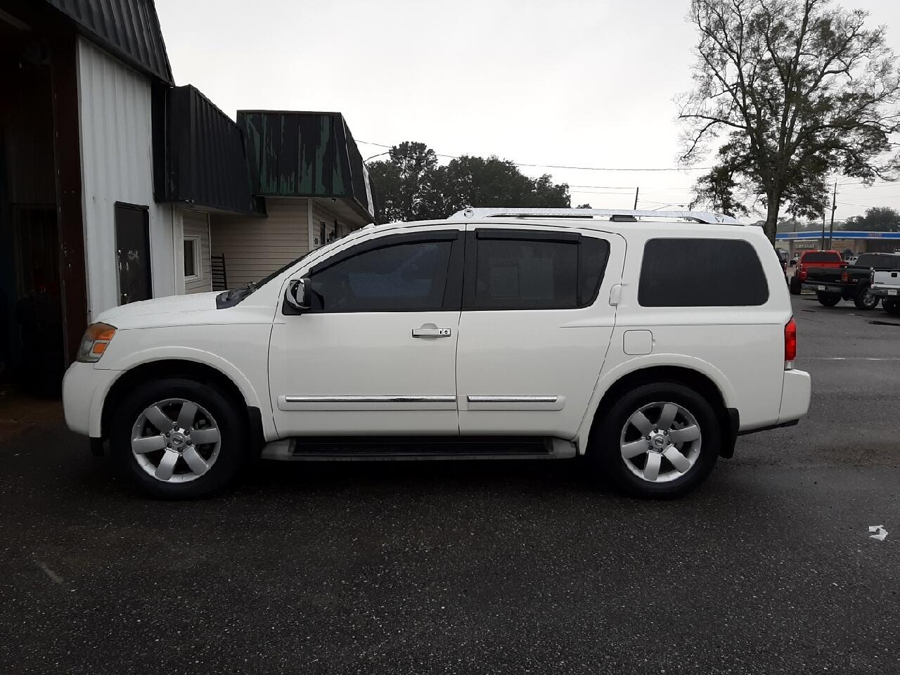 Nissan Armada SE 2WD 2010