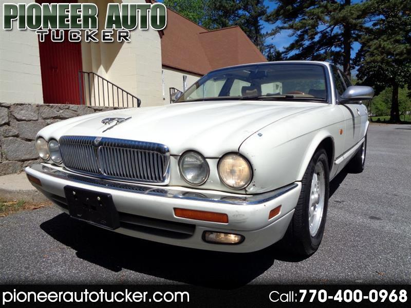 1995 Jaguar XJ Sedan Vanden Plas