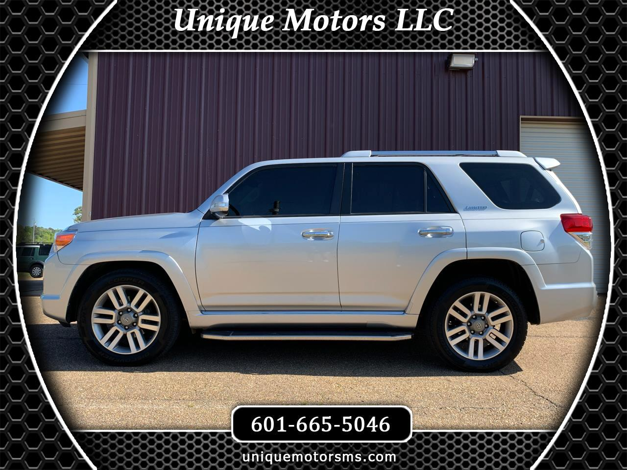 Toyota 4Runner Limited 2WD V6 2012