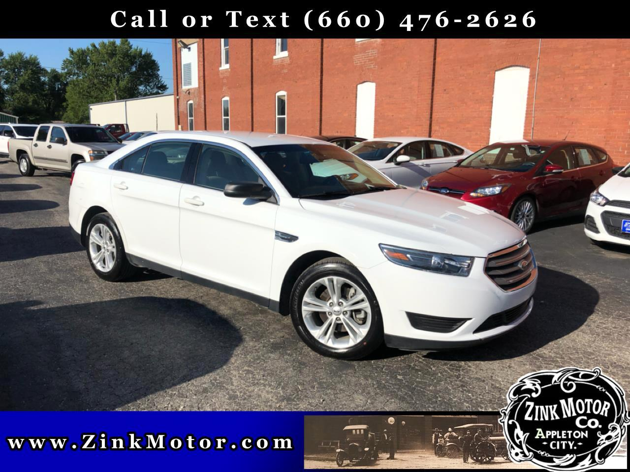 Ford Taurus 4dr Sdn SE 2015
