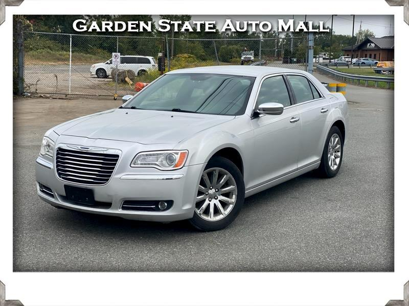 Chrysler 300 Limited RWD 2011