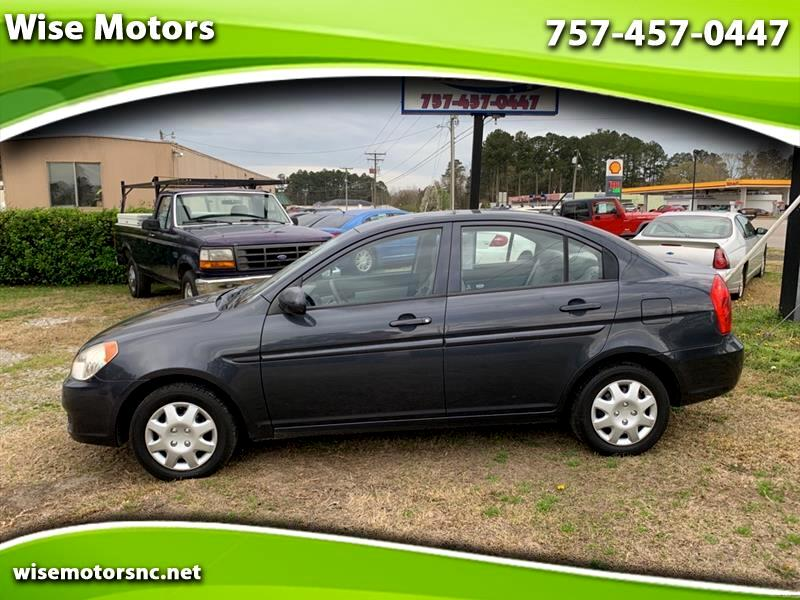 Hyundai Accent GLS 4-Door 2011