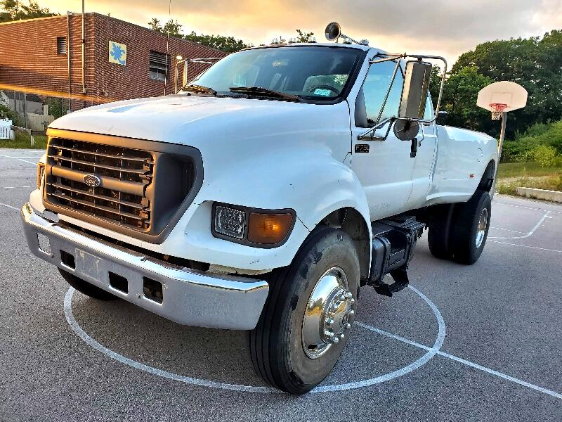 Ford F-750 SuperCab 2WD DRW 2001
