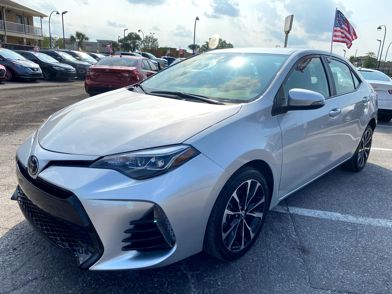 Toyota Corolla SE CVT (Natl) 2019