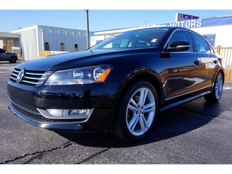 2014 Volkswagen Passat 1.8T SEL Premium AT