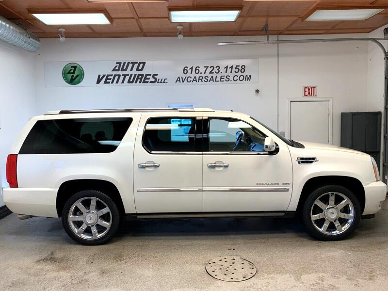 2012 Cadillac Escalade ESV Luxury AWD