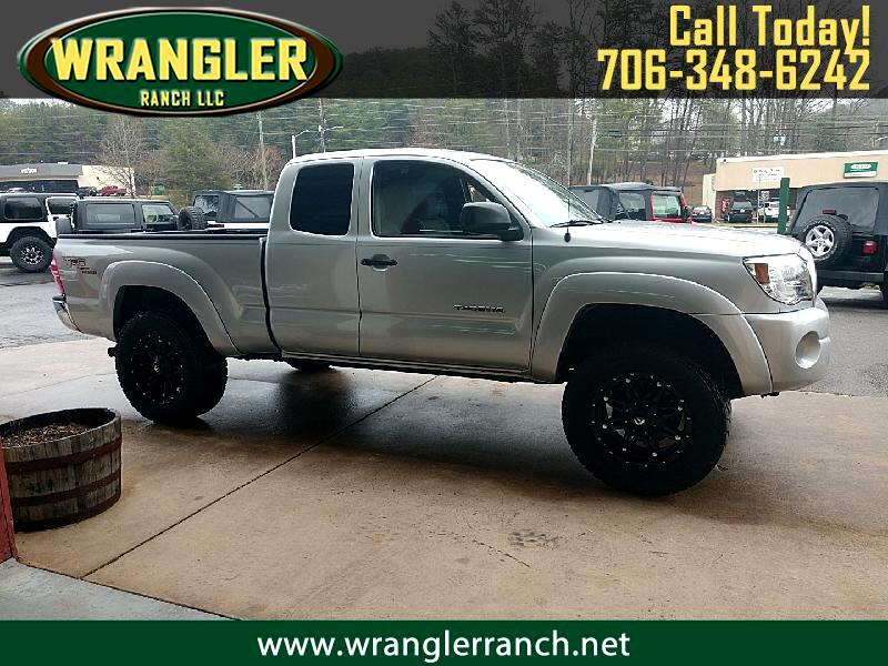 Toyota Tacoma PreRunner Access Cab V6 Automatic 2WD 2005