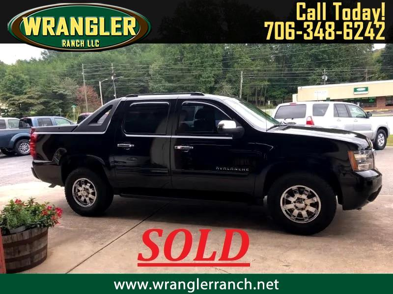 Chevrolet Avalanche LS 2WD 2012