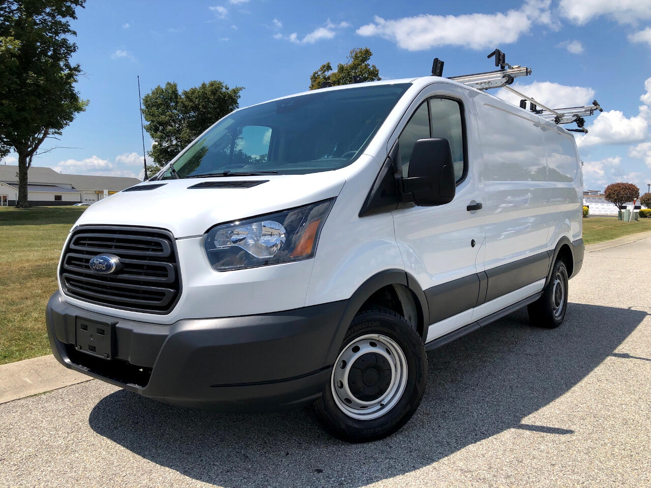 2018 Ford Transit 250 Van Low Roof w/Sliding Pass. 130-in. WB