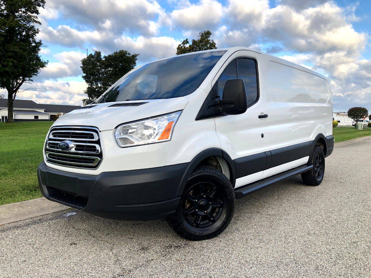 2017 Ford Transit 250 Van Low Roof 5 Passenger Cargo Van 130-in. WB