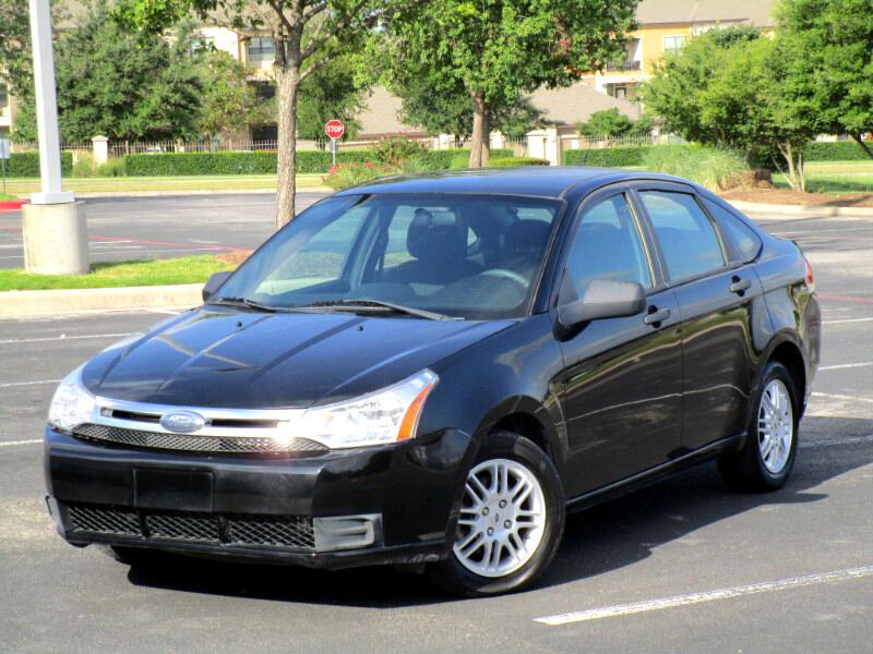 Ford Focus SE Sedan 2011