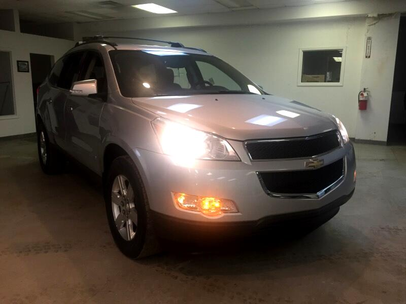 2010 Chevrolet Traverse LT FWD