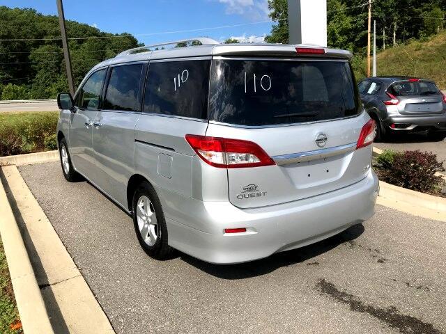 2017 Nissan Quest SV