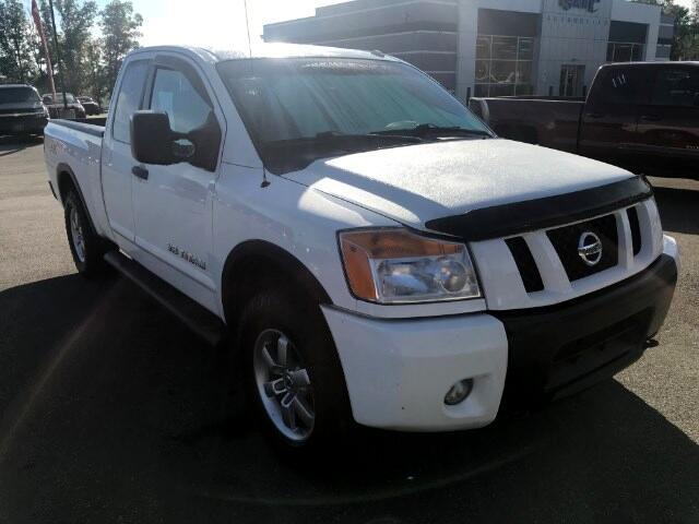 2012 Nissan Titan SV King Cab 4WD