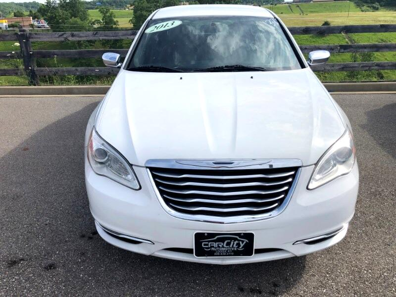 2013 Chrysler 200 Limited