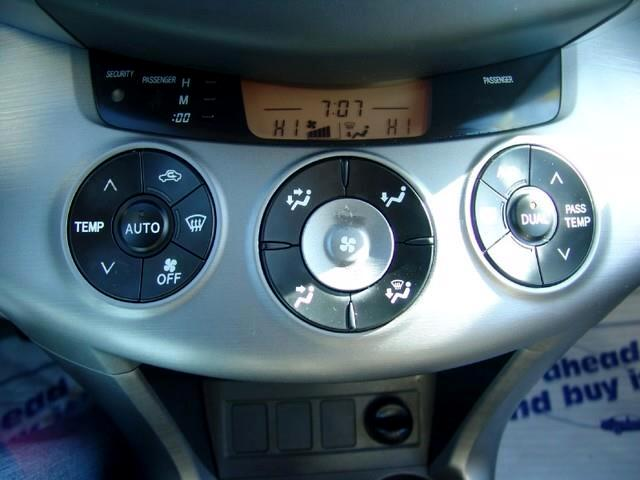 2007 Toyota RAV4 Limited I4 4WD