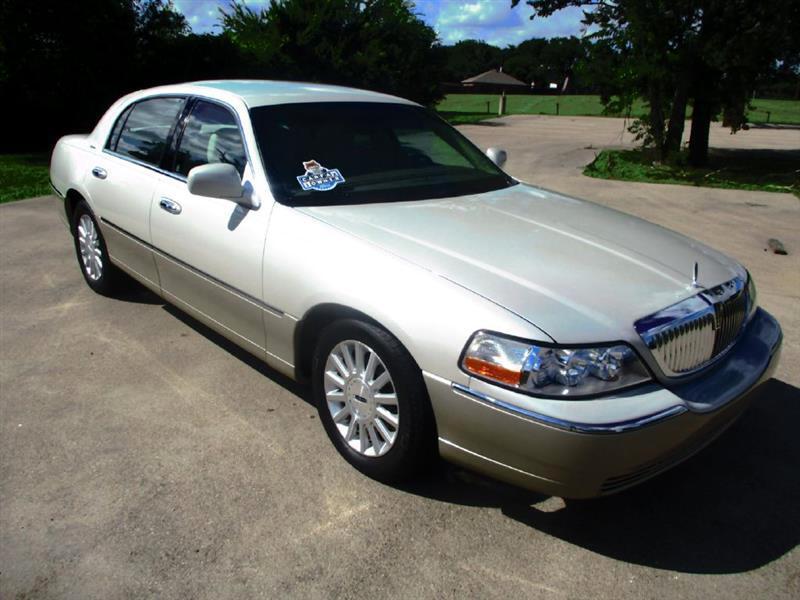 2004 Lincoln Town Car Signature for sale VIN: 1LNHM81W34Y662117