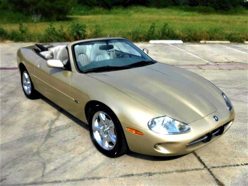 Jaguar XK8 Convertible 1998