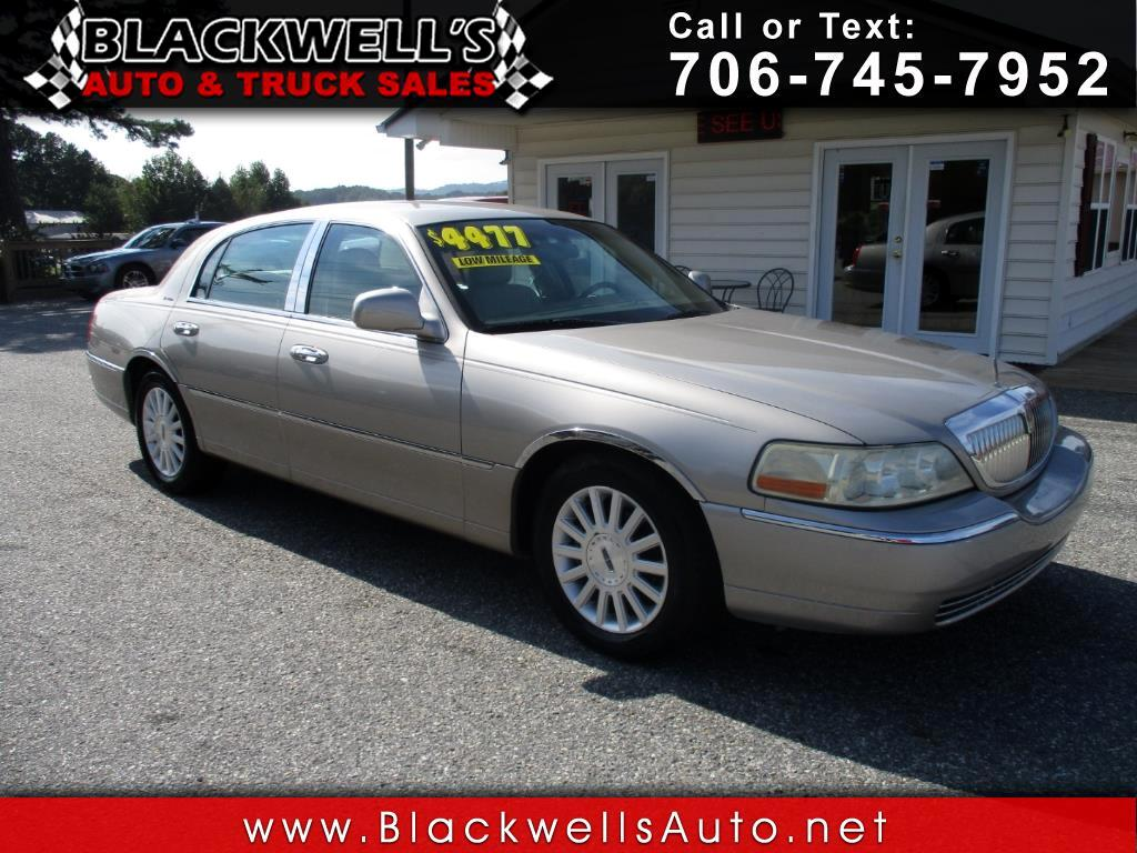 2003 Lincoln Town Car 4dr Sdn Executive