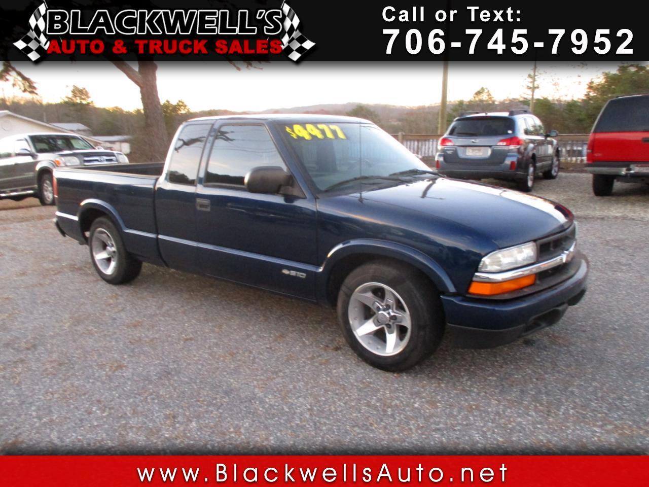"""Chevrolet S-10 Ext Cab 123"""" WB LS 2003"""