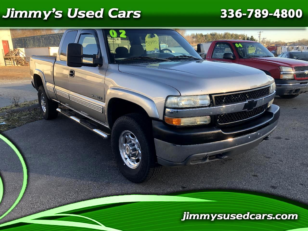 Chevrolet Silverado 2500HD LS Ext. Cab Short Bed 4WD 2002