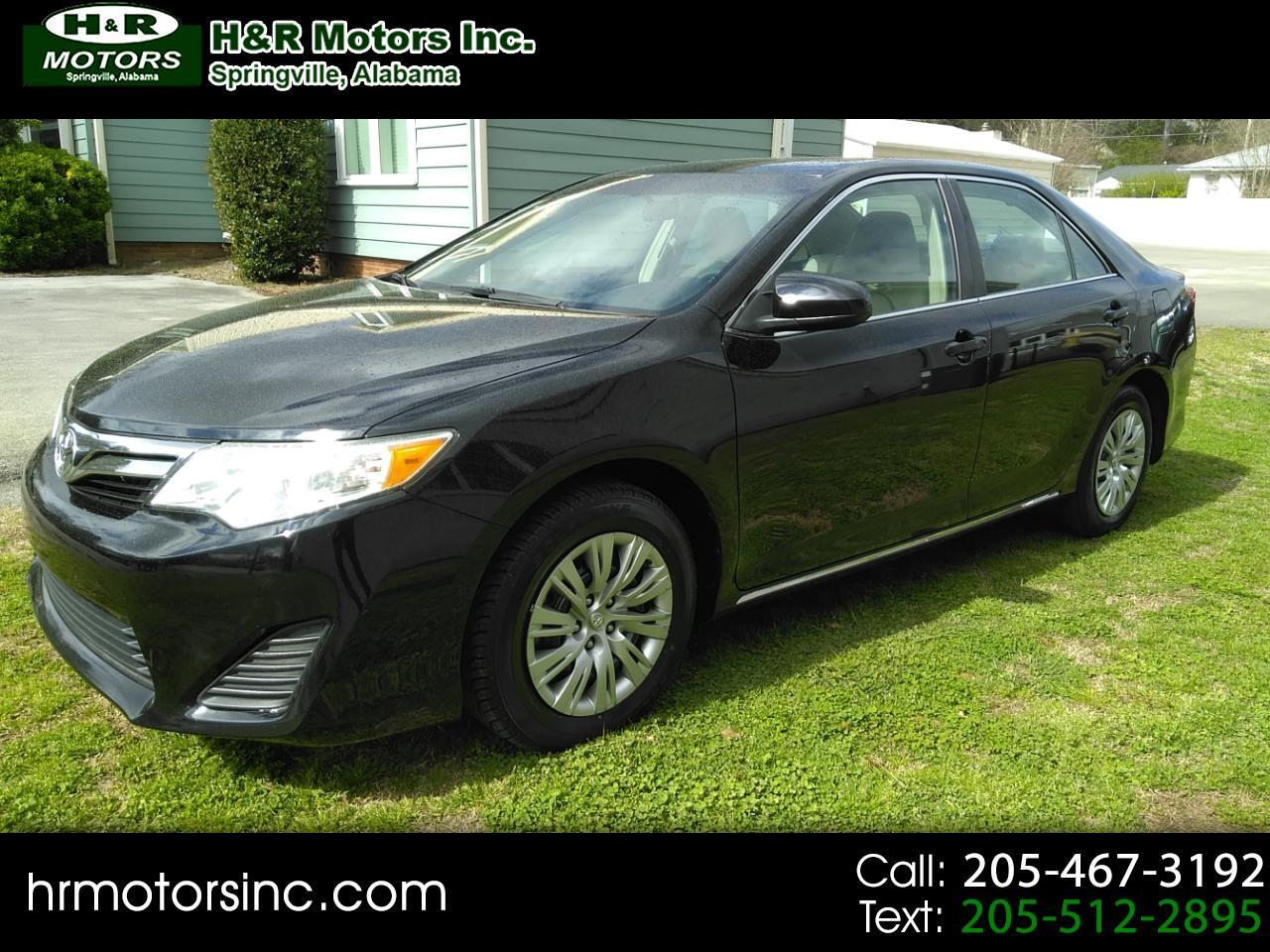 2014 Toyota Camry 4dr Sdn LE Auto V6