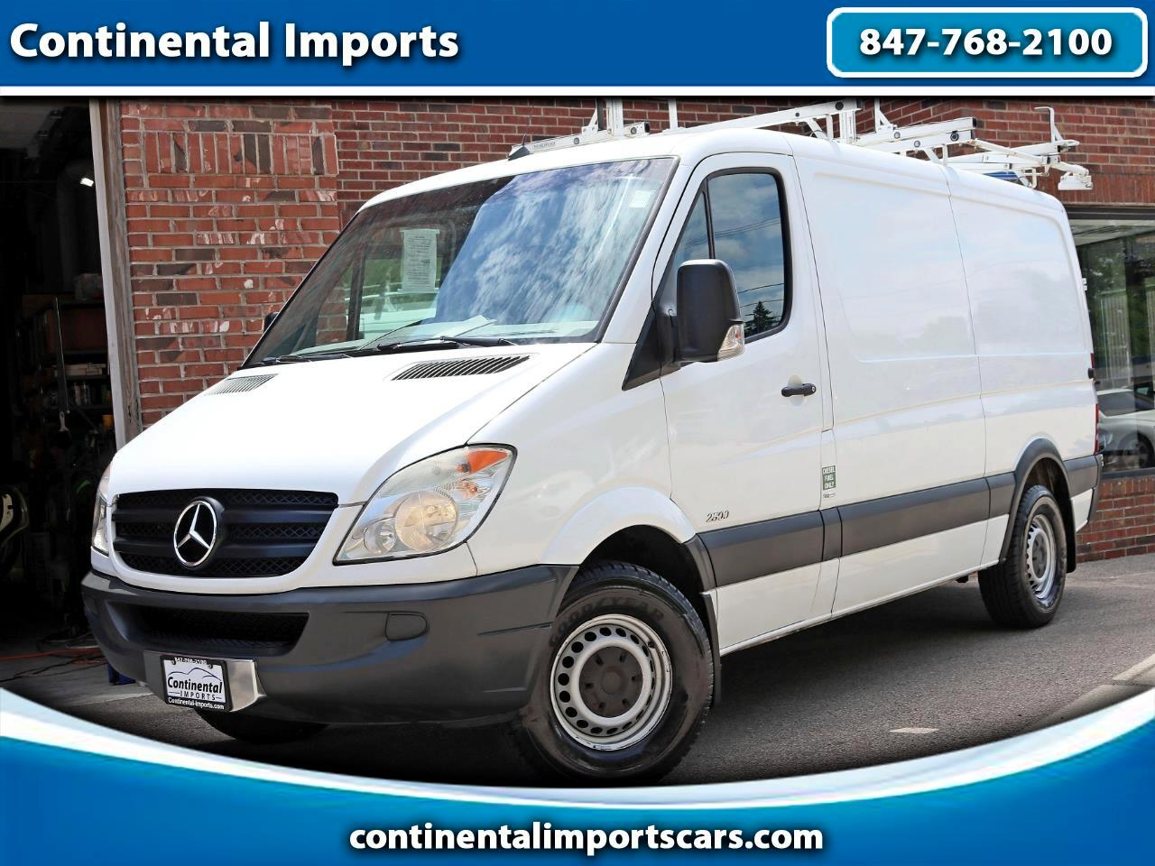 Mercedes-Benz Sprinter 2500 High Roof 144-in. WB 2012