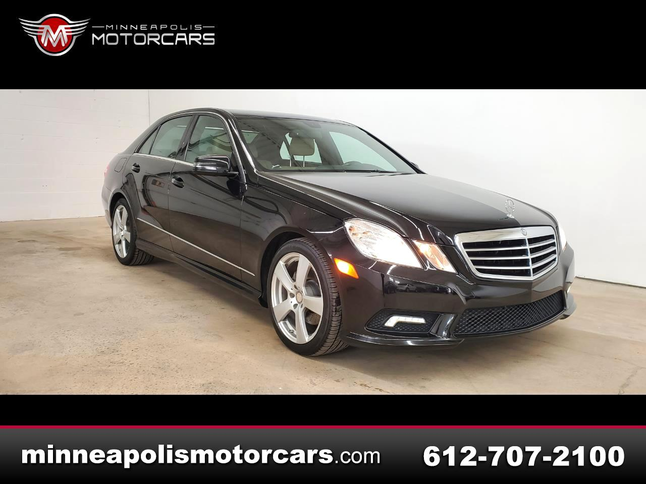 Mercedes-Benz E-Class E350 Luxury 4MATIC Sedan 2011
