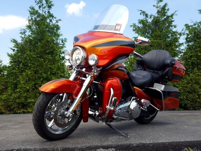 2013 Harley-Davidson FLHTCUSE3