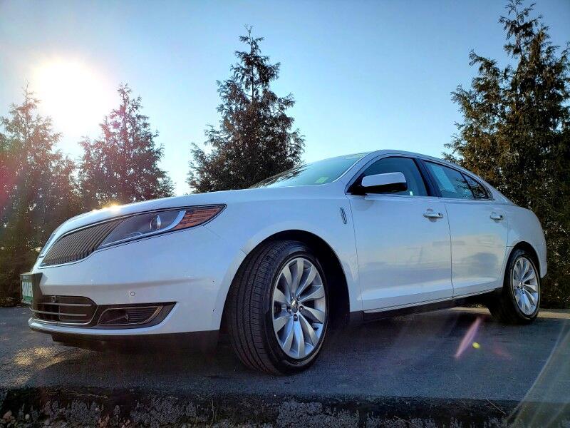2013 Lincoln MKS 4dr Sdn 3.7L FWD