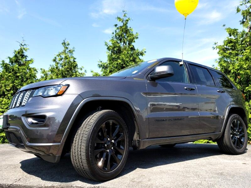 2018 Jeep Grand Cherokee Altitude 4x4 *Ltd Avail*