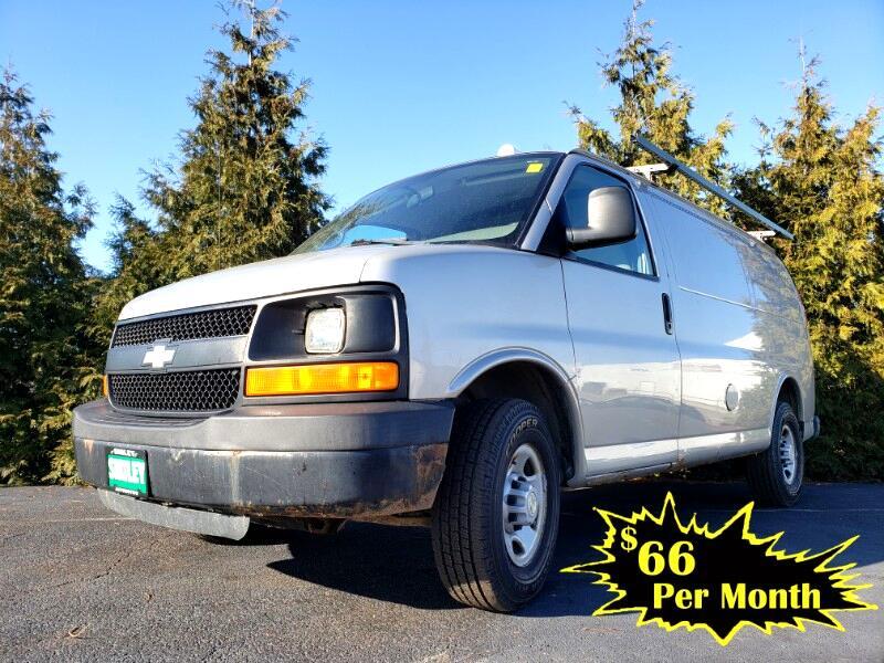 """Chevrolet Express Cargo Van RWD 2500 135"""" 2008"""