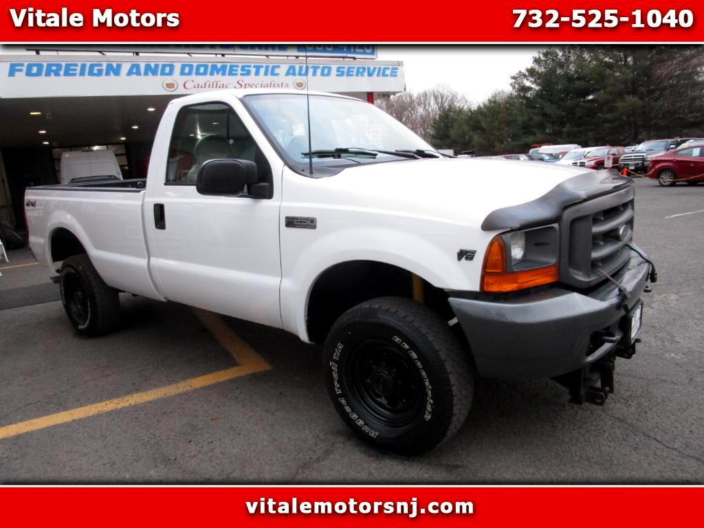 2000 Ford F-250 SD REG. CAB LONG BED 4X4 W/ PLOW 31K