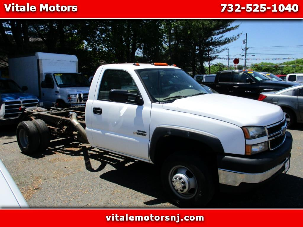 2007 Chevrolet Silverado 3500HD CAB & CHASSIS ONLY DIESEL RWD