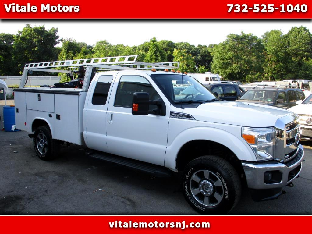 2011 Ford F-350 SD LARIAT SUPERCAB 4X4 UTILITY BODY W/ SNOW PLOW