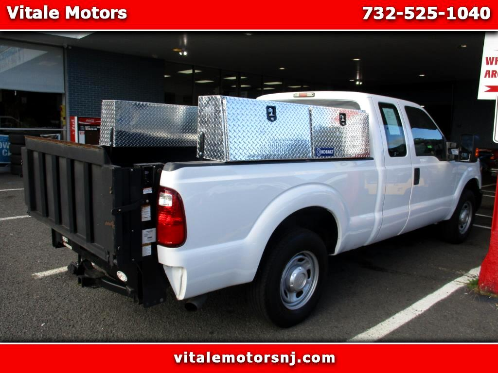 2013 Ford F-250 SD LIFT GATE UTILITY BOXES