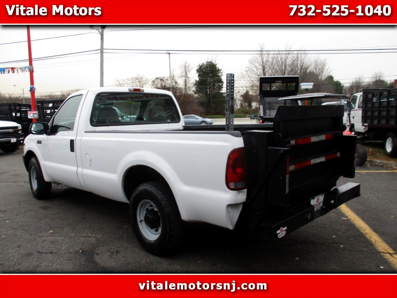 2001 Ford F-250 SD XL LONG BED REG. CAB ** W/ LIFT GATE **