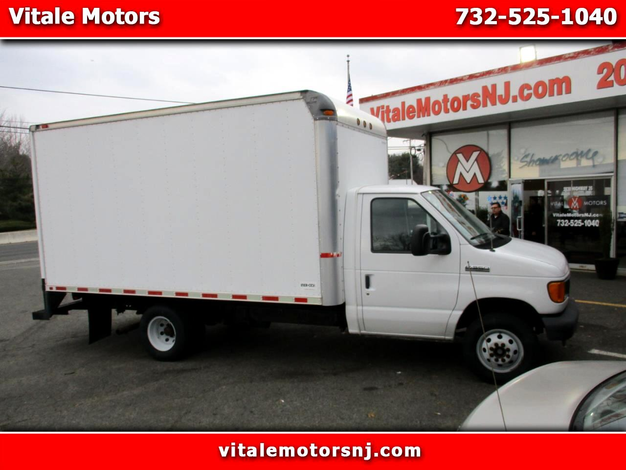 2006 Ford Econoline E-350 14 FOOT BOX TRUCK ** 4K MILES **