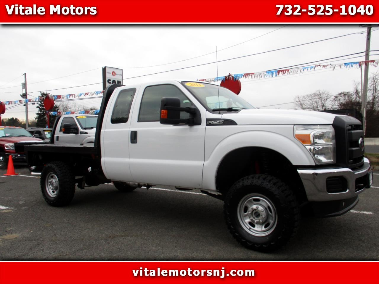 2013 Ford F-250 SD XL SUPER CAB 4X4 FLAT DECK * LIFTED SUSPENSION *