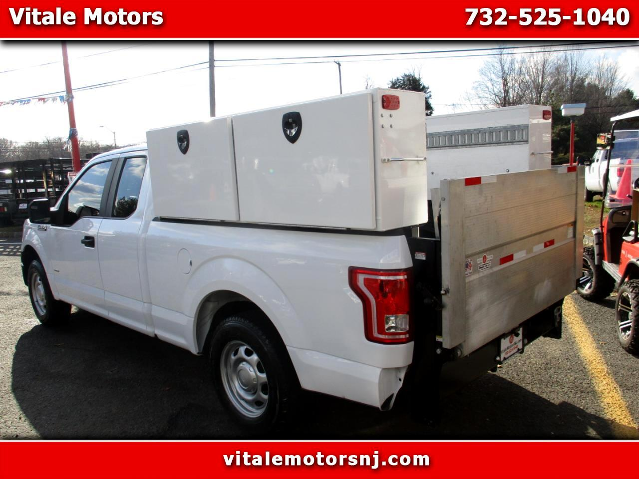 2016 Ford F-150 XL SUPER CAB TURBO W/ LIFTGATE