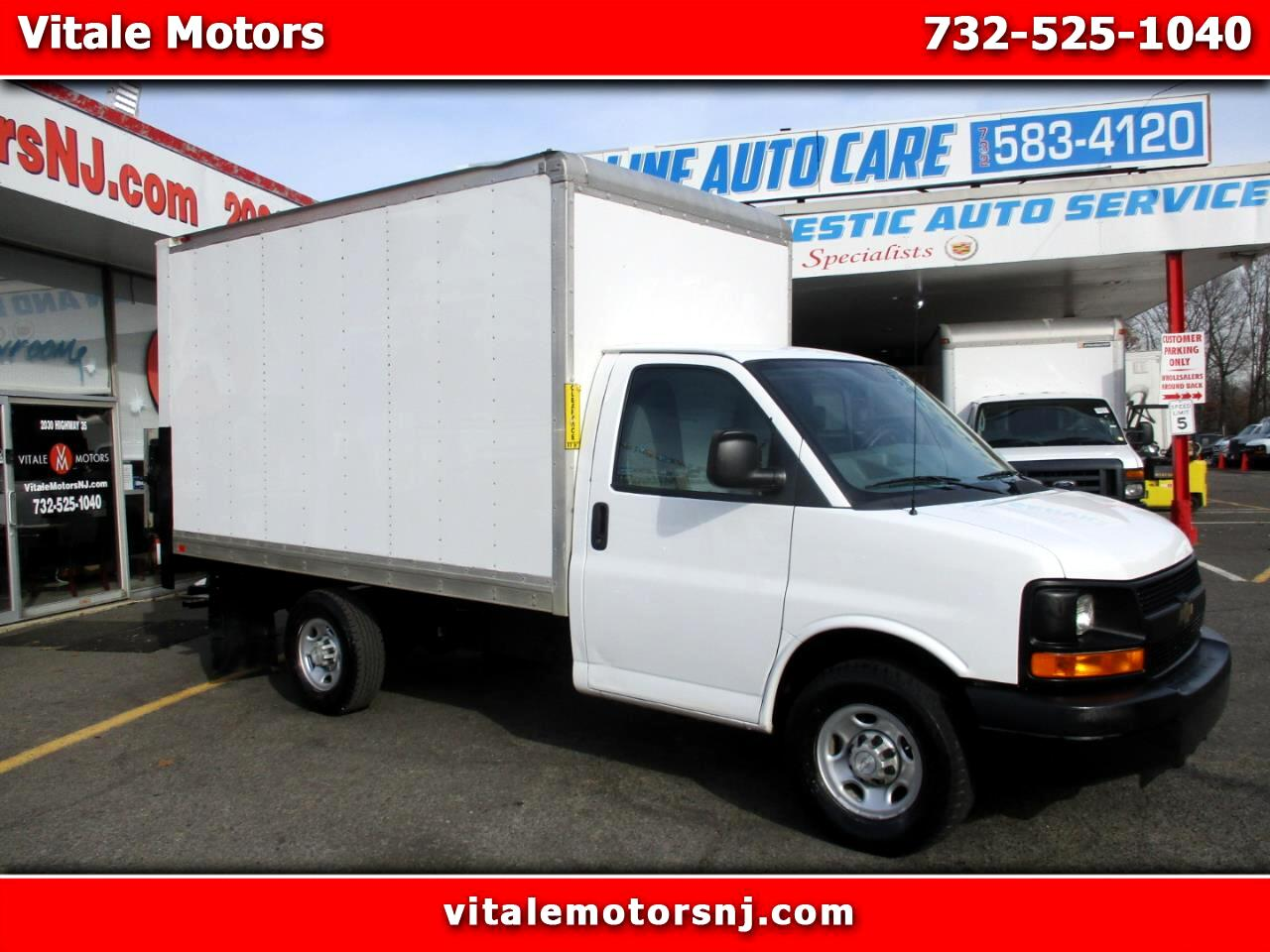 2014 Chevrolet Express 12 FOOT BOX TRUCK SRW LIFTGATE
