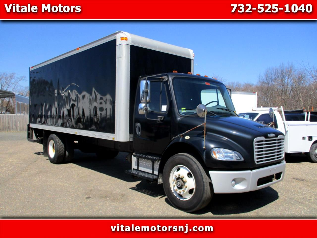 2007 Freightliner M2 106 22 FOOT BOX TRUCK W/ LIFTGATE