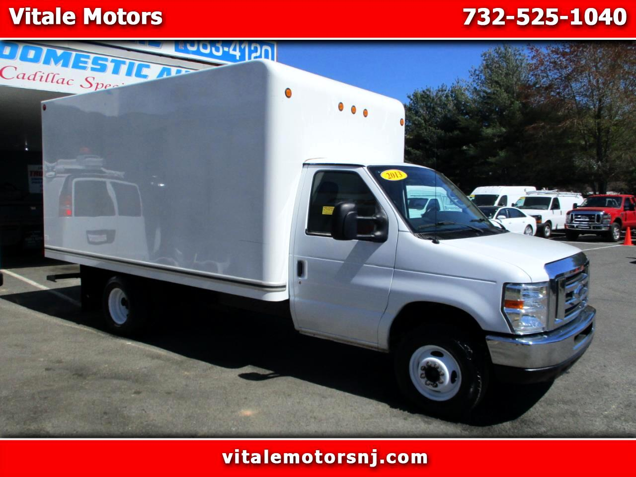 2013 Ford Econoline E-350 BOX TRUCK 14 FOOT