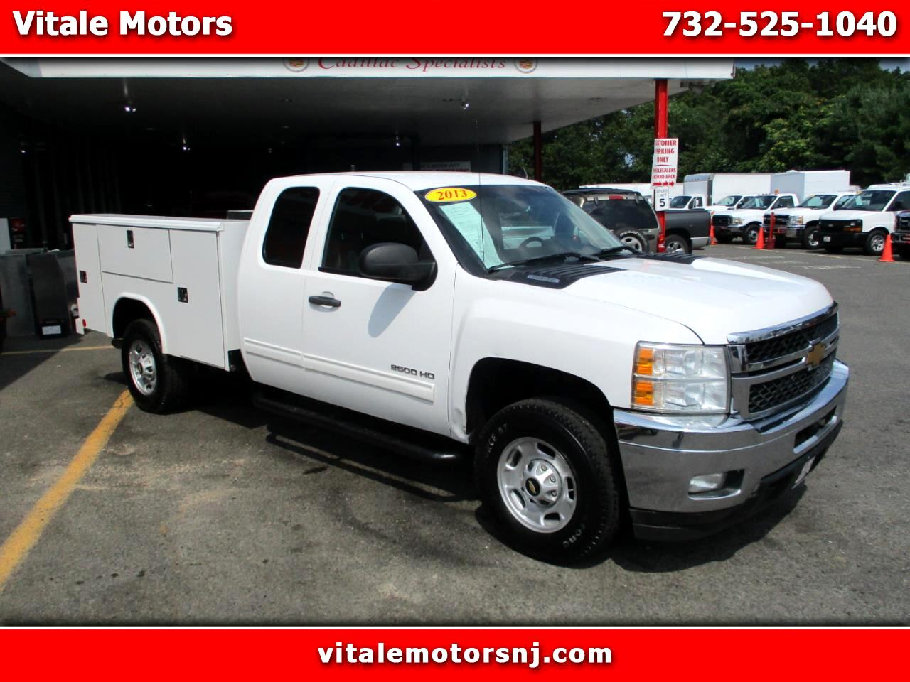 2013 Chevrolet Silverado 2500HD EXT CAB 4X4 UTILITY BODY