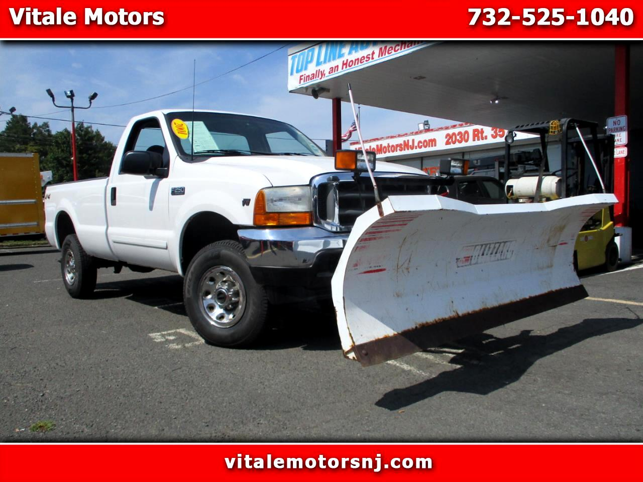 2001 Ford F-250 SD REG. CAB LONG BED 4X4 W/ SNOW PLOW ** 18K MILES **