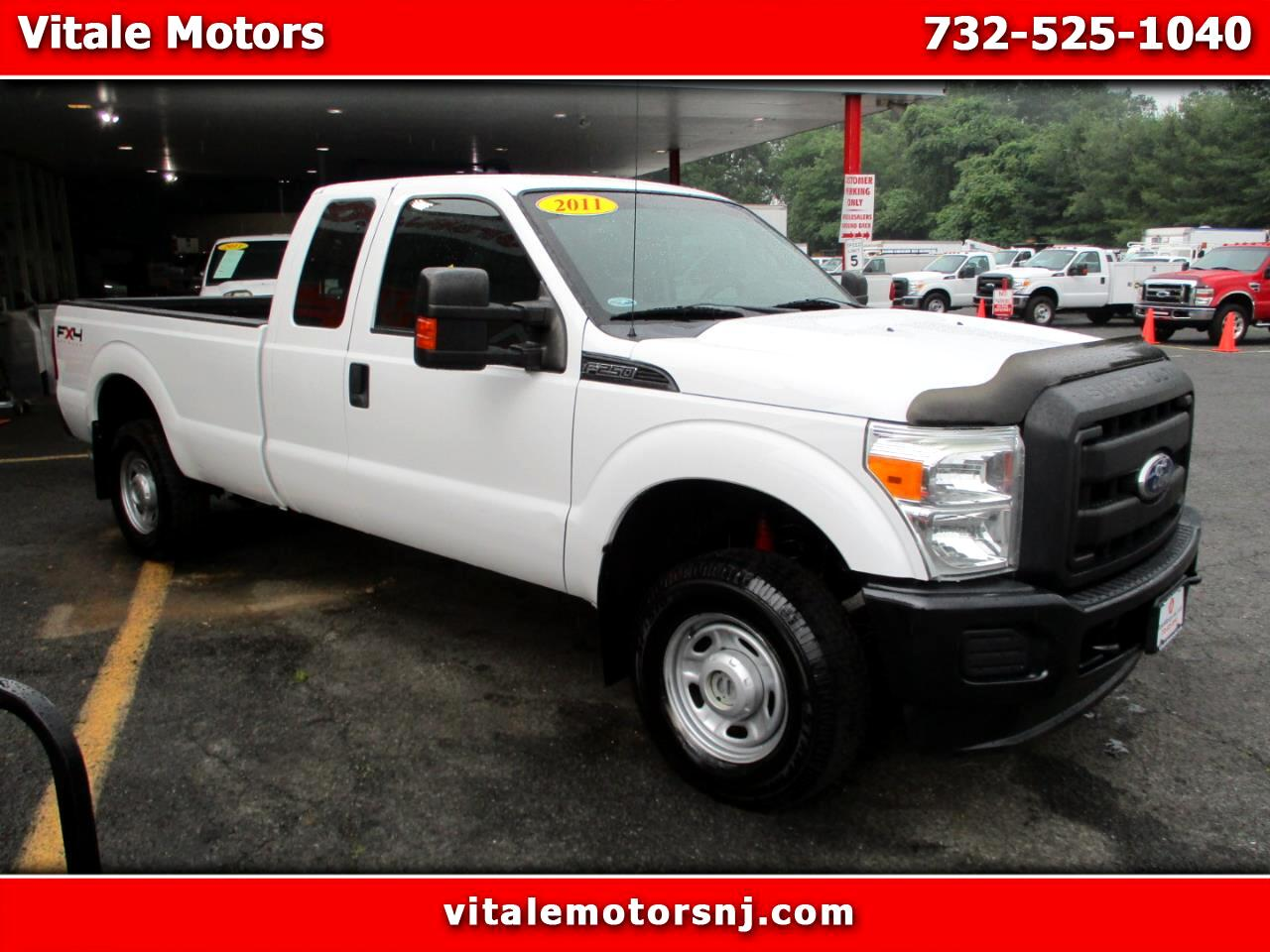 2011 Ford F-250 SD SUPER CAB 4X4 FX4 LONG BED