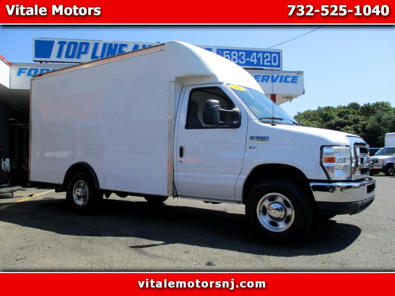 2012 Ford Econoline E-350 12 FOOT BOX TRUCK W/ POWER INVERTER