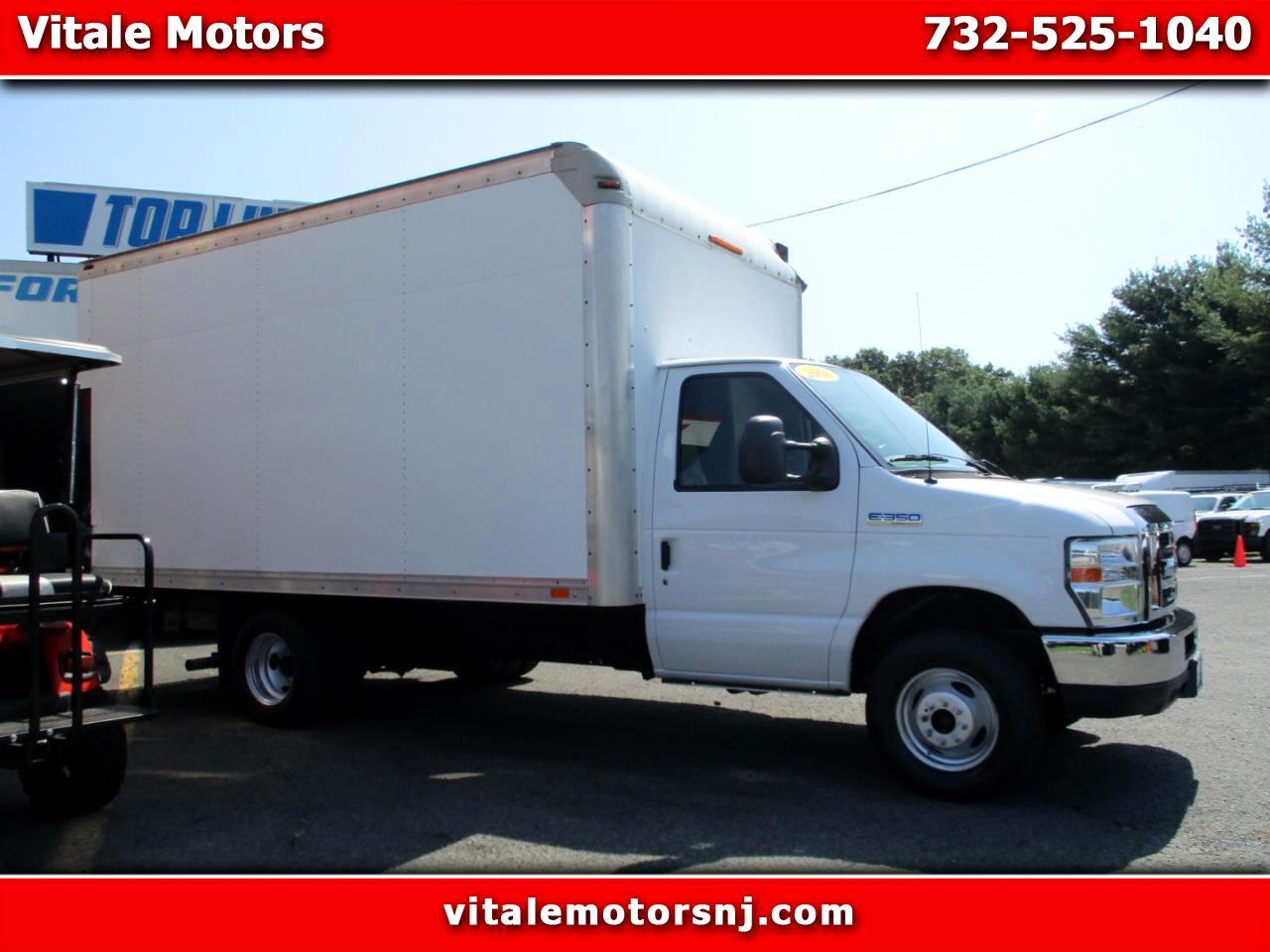 2008 Ford Econoline E-350 14 FOOT BOX TRUCK W/ LIFTGATE 11K MILES!!